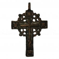 Нательный крест «Мужской с белой эмалью и квадратами»