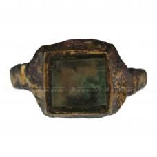 Старинный перстень со стеклянной вставкой