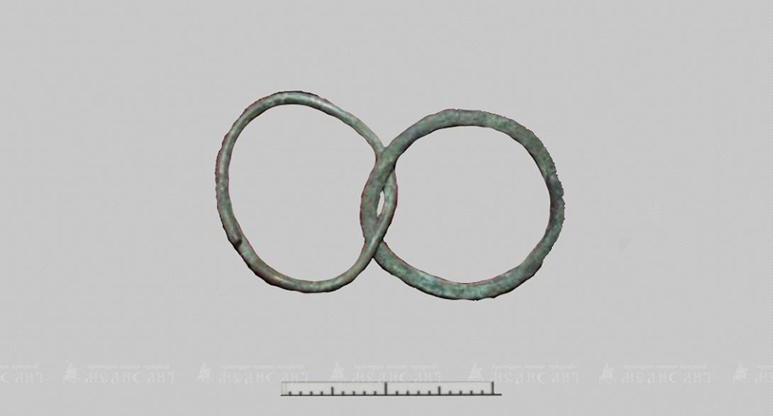 К проволочным кольцам относится группа изделий, выполненных в виде буквы S со спиралью